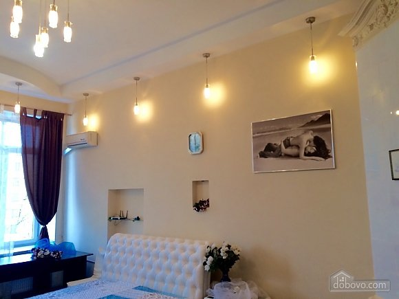 Apartment in the city center, Two Bedroom (36056), 007