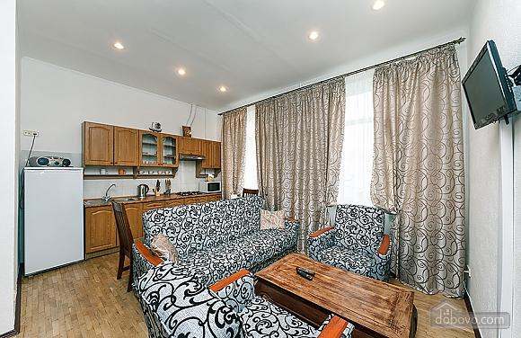 Stylish apartment in the city center, Un chambre (94630), 012