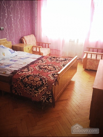 Apartment in Ternopil, One Bedroom (81755), 001
