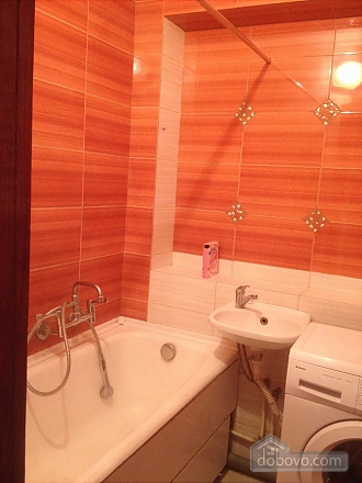 Apartment in Ternopil, One Bedroom (81755), 002