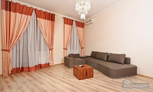 Эксклюзивные VIP апартаменты, 3х-комнатная (15782), 001
