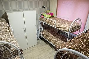 Hostel of European level, Trois chambres, 002