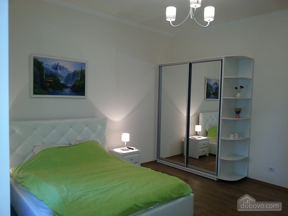 Spacious VIP apartment in historic center, Two Bedroom (12576), 003