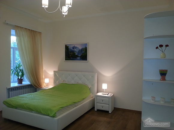 Spacious VIP apartment in historic center, Two Bedroom (12576), 001
