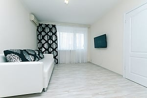 Apartment in Kiev, Due Camere, 001