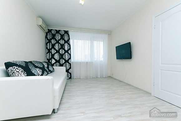 Apartment in Kiev, Due Camere (30257), 001