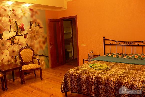 Квартира біля пляжу Ланжерон, 2-кімнатна (22342), 001