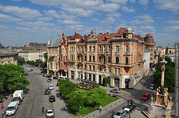 Apartment opposite the monument of Danylo Galytskyi, Trois chambres (42028), 038