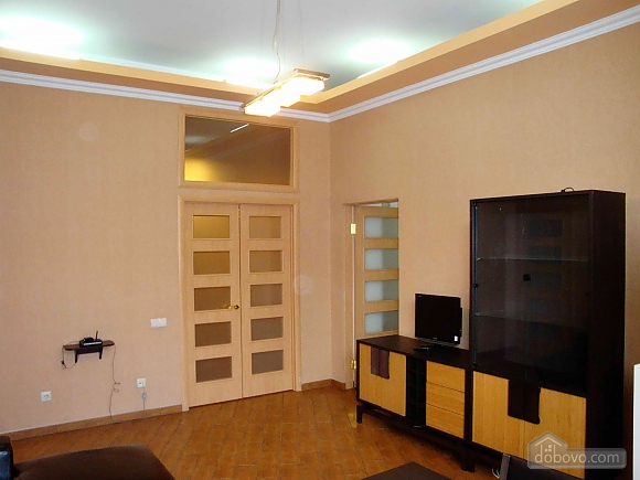 Opposite the Bernardine Church and monument of Danylo Galytskyi, One Bedroom (63284), 025