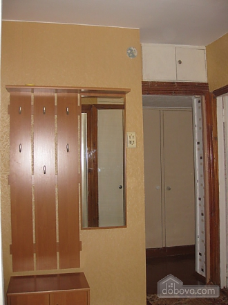 Low-cost apartment, Un chambre (59561), 002