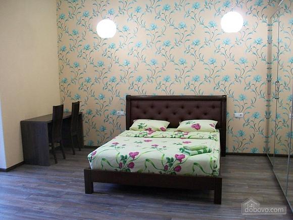 Квартира в центре города, 1-комнатная (31442), 015