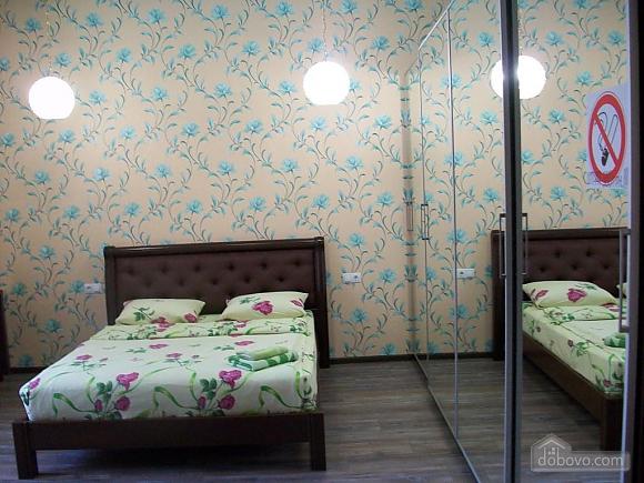 Квартира в центре города, 1-комнатная (31442), 048