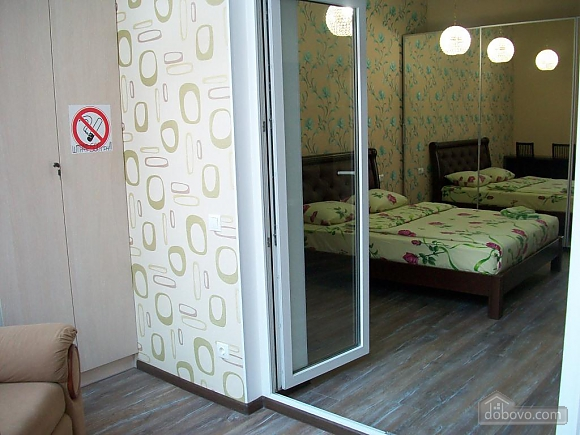 Квартира в центре города, 1-комнатная (31442), 052