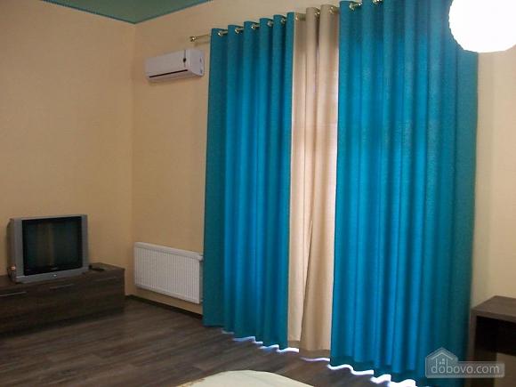 Квартира в центре города, 1-комнатная (31442), 090