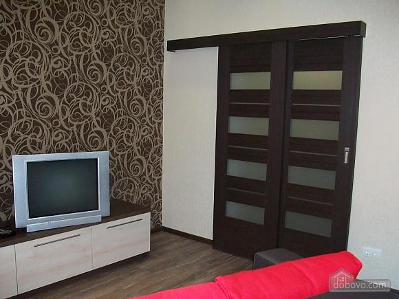 Квартира в центре города, 1-комнатная (31442), 102