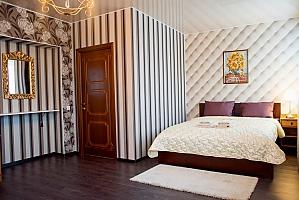 Гостьовий будинок в царському стилі з російською лазнею, 6-кімнатна, 019