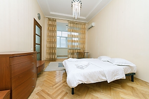 Huge two-storied penthouse, Three Bedroom, 003