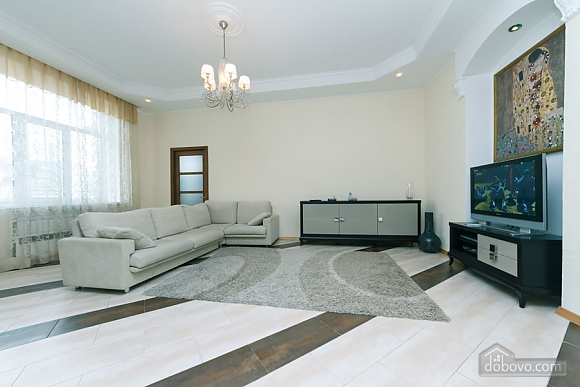 Huge two-storied penthouse, Three Bedroom (28864), 006
