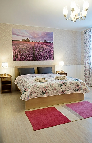 Guest house in Provance style, Cinq chambres, 004