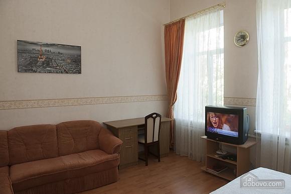 Уютная квартира в прекрасном районе, 1-комнатная (89197), 009