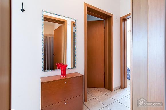 Небольшой дом, 2х-комнатная (95795), 010
