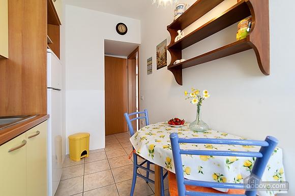 Небольшой дом, 2х-комнатная (95795), 021