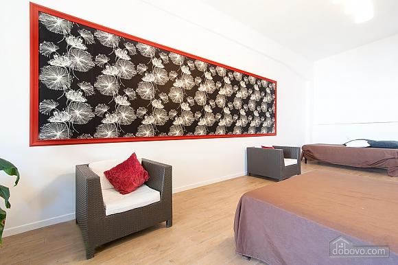 White openspace, Un chambre (30356), 004
