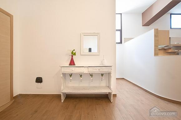 White openspace, Un chambre (30356), 016