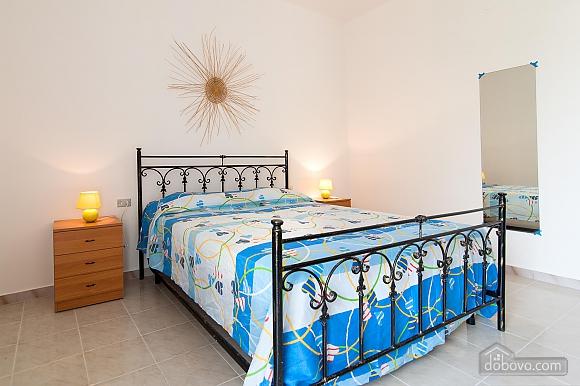 Апартаменты Сабеа, 3х-комнатная (69913), 002