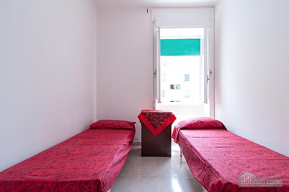 Апартаменты Сабеа, 3х-комнатная (69913), 003