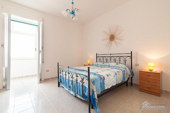Апартаменты Сабеа, 3х-комнатная (69913), 005