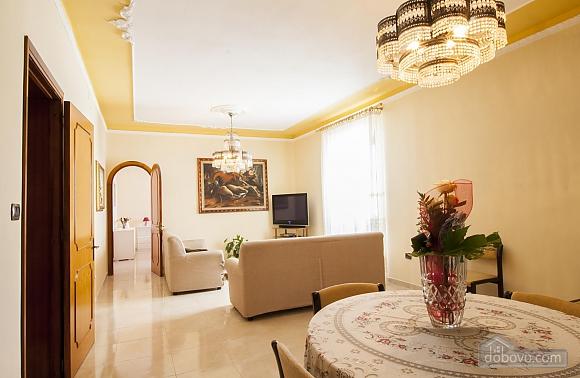 Delia apartment, Tre Camere (30119), 015