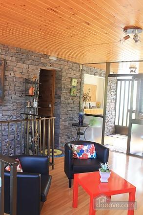 Manor, Six (+) Bedroom (53679), 013