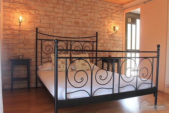 Manor, Six (+) Bedroom (53679), 017