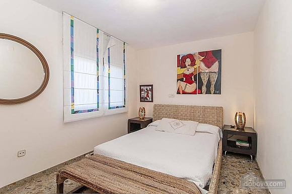 Carmen Abrera, Cinq chambres (72664), 047