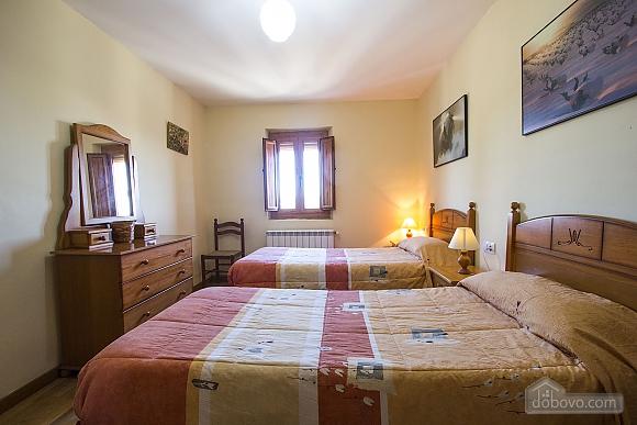 Josep Mas Prat, Four Bedroom (72400), 026