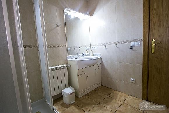 Josep Mas Prat, Four Bedroom (72400), 031