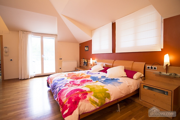 Olga Matadepera, Five Bedroom (89950), 026