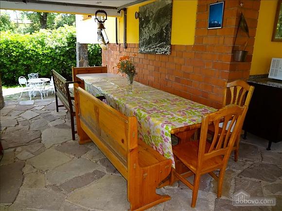 Antonio Serra, Quatre chambres (12250), 004