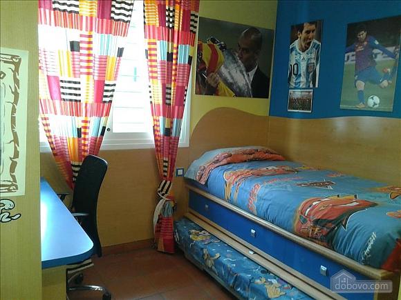 Мануель Кальдес-д'Естрак, 4-кімнатна (30623), 016