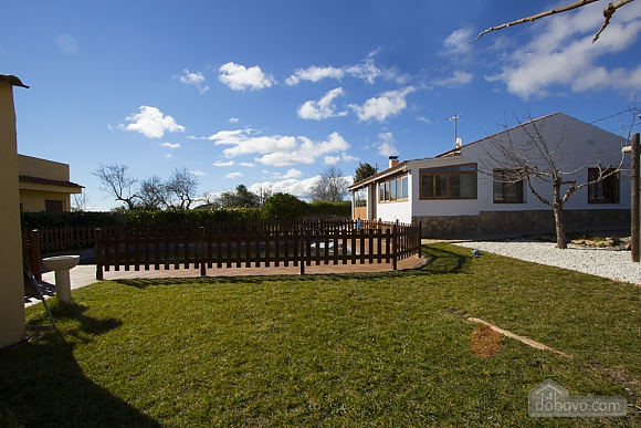Nuria Montmell, Four Bedroom (29697), 003