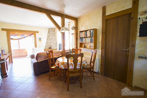Nuria Montmell, Four Bedroom (29697), 008