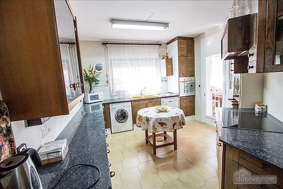 Sigfredo Barbara, Five Bedroom (81392), 008