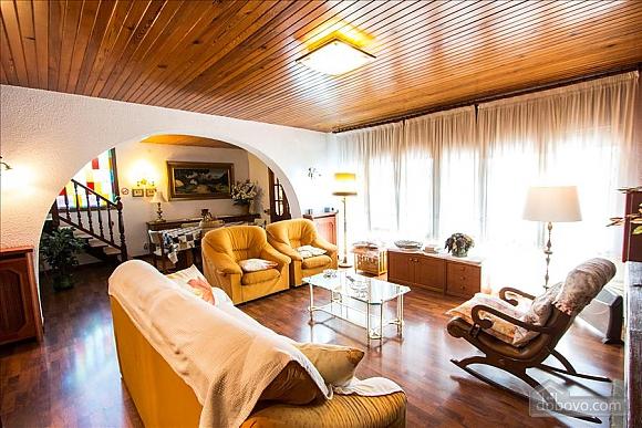 Sigfredo Barbara, Five Bedroom (81392), 016