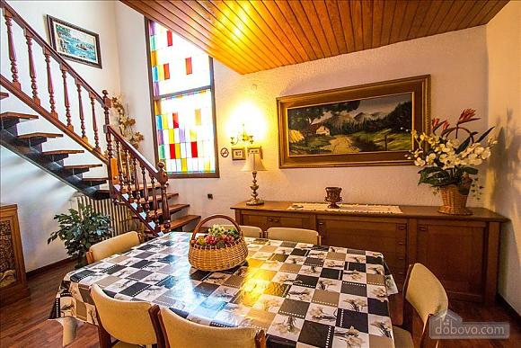 Sigfredo Barbara, Five Bedroom (81392), 018