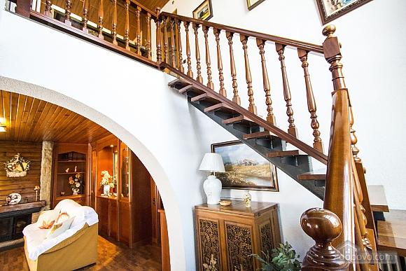 Sigfredo Barbara, Five Bedroom (81392), 019