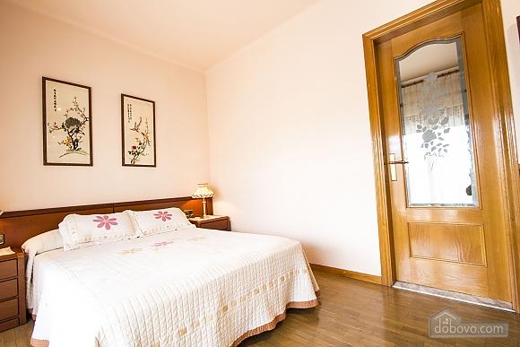 Sigfredo Barbara, Five Bedroom (81392), 020
