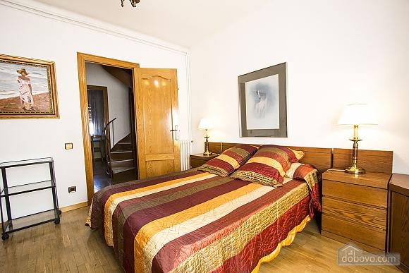 Sigfredo Barbara, Five Bedroom (81392), 027