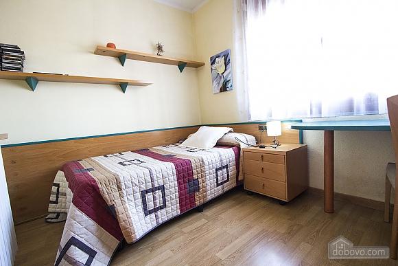 Sigfredo Barbara, Five Bedroom (81392), 032