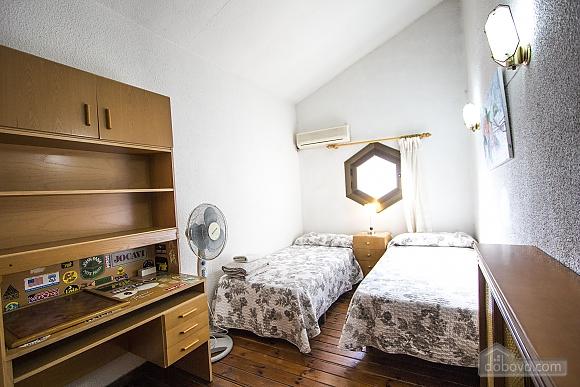 Sigfredo Barbara, Five Bedroom (81392), 038